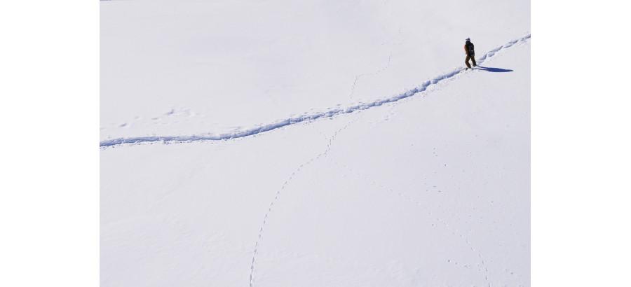 NOUVEAUTÉ : Le combi-stick EQ qui vous protège et respecte le cycle de l'eau, de la montagne à l'océan.
